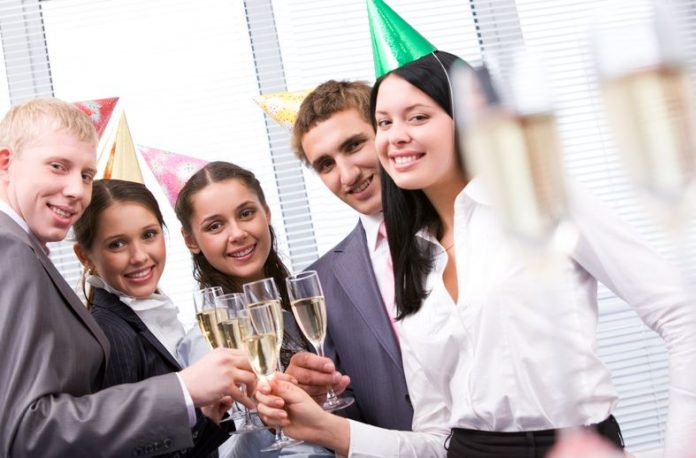 How To Find Entertainment For A Corporate Function