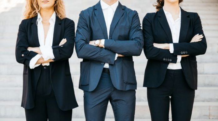 Dress To Impress: How To Dress In An Interview