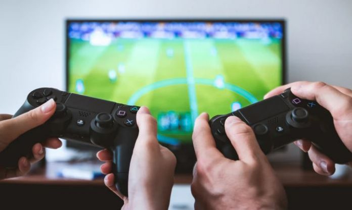 Essential Equipment For Online Gaming
