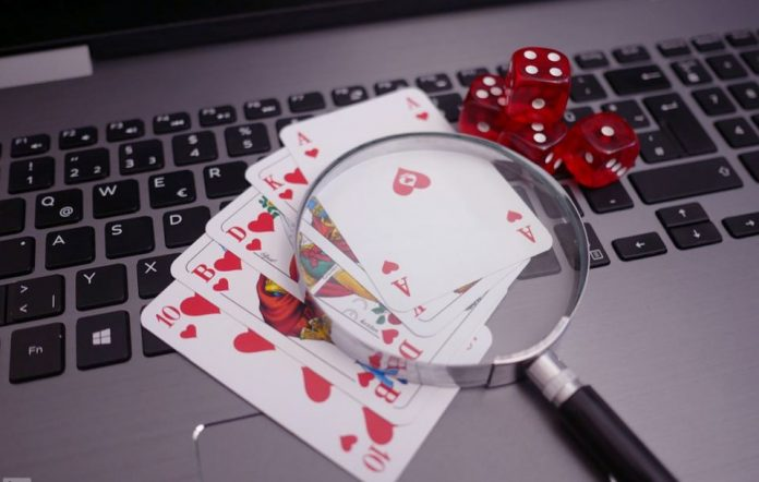 Online Poker: Worth Playing?