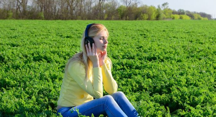 Using Music For Peace Of Mind And Stress Reduction; 10 Ways To Achieve It