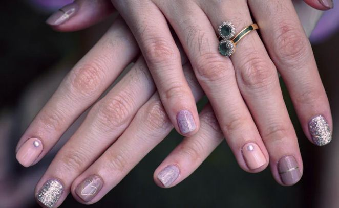 A Few Secret Tips For Strong And Healthy Nails