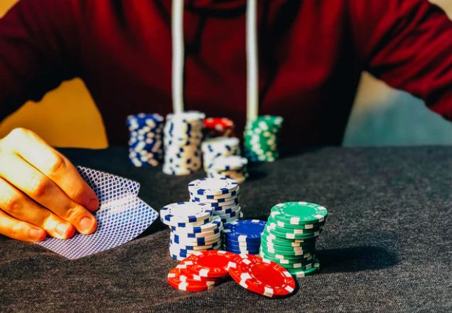 Playing Serious Poker? How Much Should You Invest?