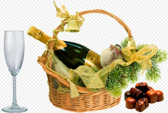 Why You Should Give Christmas Corporate Gift Baskets This Year