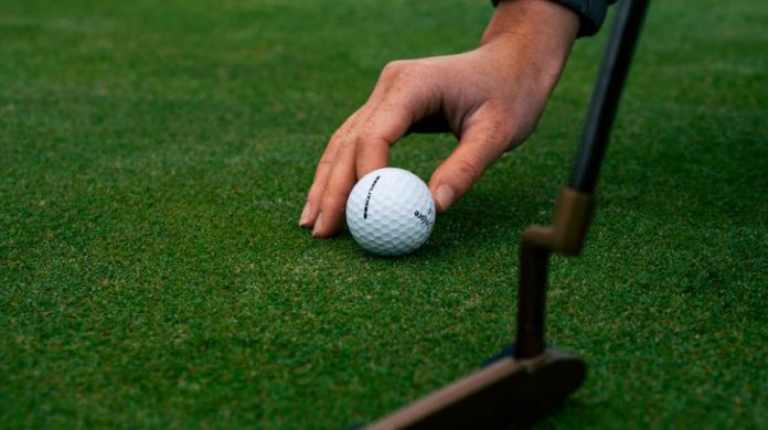 Seven Golfing Necessities You Can't Live Without