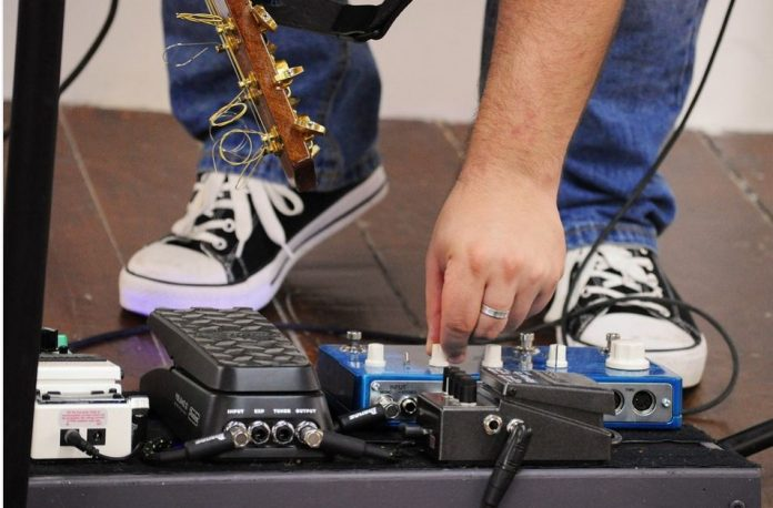 How To Choose Your Guitar Pedal