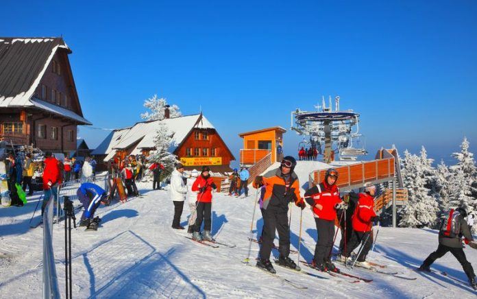 Skiing And Accommodations: 3 Tips To Save You Money
