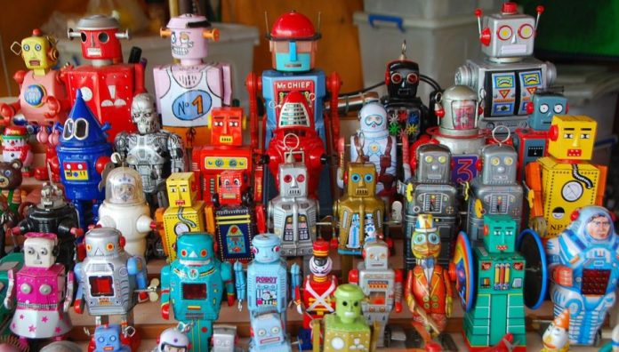 Get Wound Up With Vintage Toy RobotsGet Wound Up With Vintage Toy RobotsGet Wound Up With Vintage Toy RobotsGet Wound Up With Vintage Toy RobotsGet Wound Up With Vintage Toy Robots