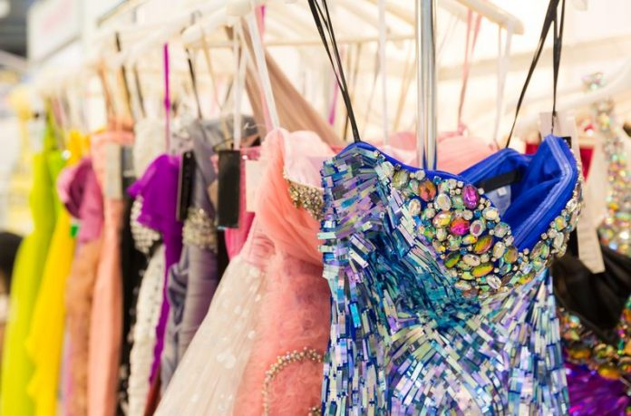 Factors to Consider When Choosing Women's Dresses For Special Occasions