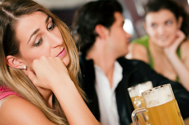 Why Do Men Tend To Cheat On Their Girlfriends? Find Out